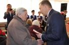 Вручение юбилейных медалей ветеранам